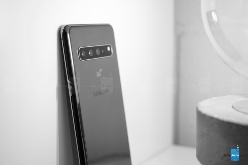 Galaxy S10 5G - The standard Samsung Galaxy S11 will pack an even bigger battery than previously expected