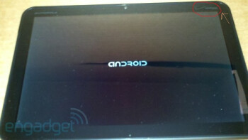The Verizon logo can be spotted in the upper right corner of the tablet