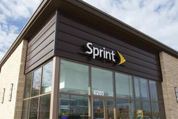 Sprint reported a net loss of $120 million during its fiscal third-quarter - Sprint reports a $120 million loss during its fiscal third quarter