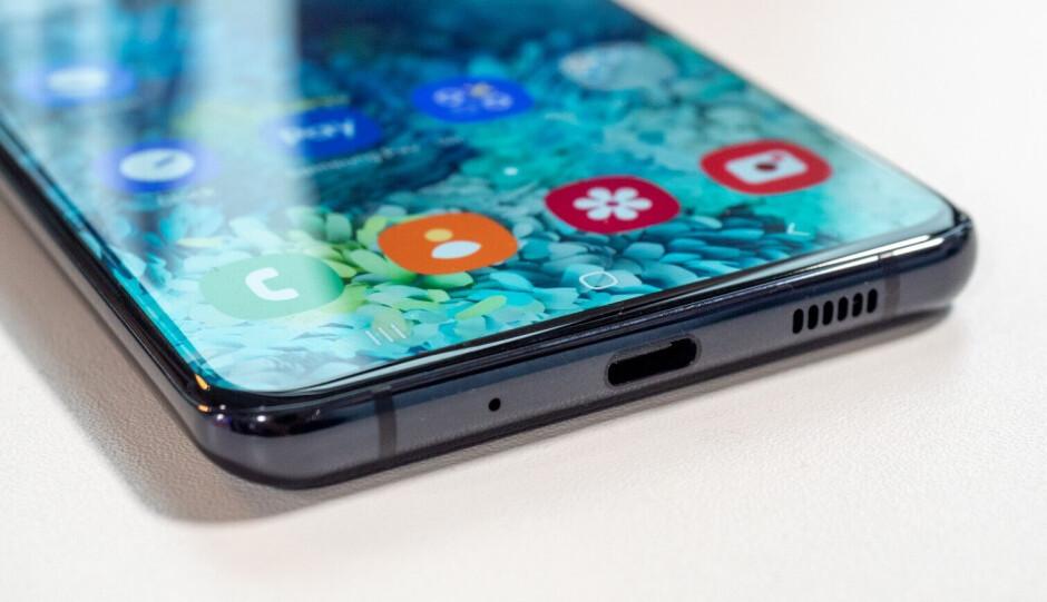 Samsung Galaxy S20 Ultra 5G vs Note 10+: specs, size and design comparison