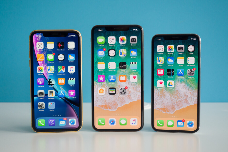 iPhone XR (left), iPhone XS Max (center), iPhone XS (right) - Apple iPhone history: the evolution of the smartphone that started it all
