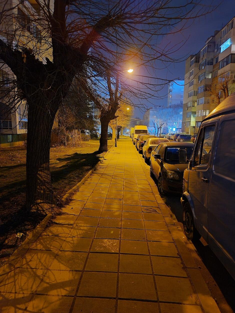 Night Mode - First Samsung Galaxy S20 Ultra 5G NIGHT Camera Samples: Zoom zoom zoom