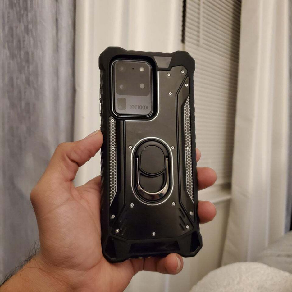 The Galaxy S20 Ultra looks pretty bulky with a rugged case on - Samsung, Verizon and T-Mobile ship the Galaxy S20 5G preorders early, how to claim the store credit