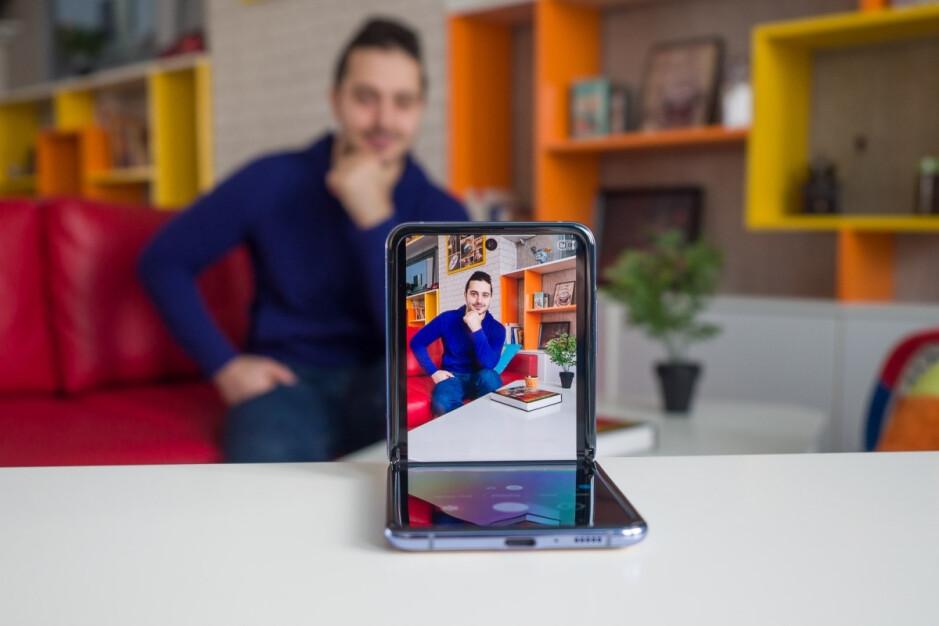 Samsung's Galaxy Z Flip is selling like hotcakes, unlike the Galaxy S20 series
