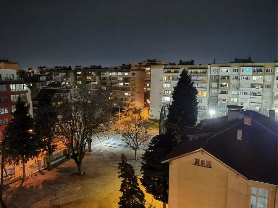 Huawei P40 Pro - Huawei P40 Pro vs Samsung Galaxy S20 Ultra vs iPhone 11 Pro Max camera comparison: low light and night mode