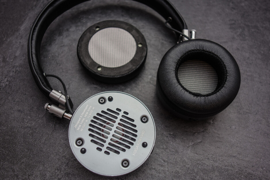 Credit – Audiophile On - Customizable over-ear Apple headphones coming soon with swappable parts