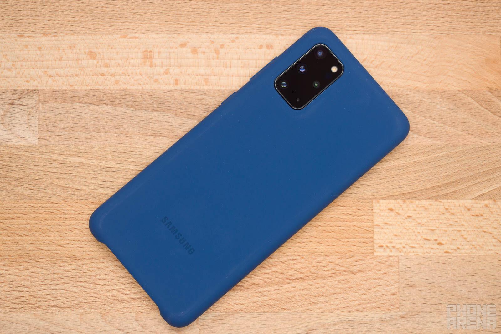 Samsung-Galaxy-S20-silicone-case-1.jpg