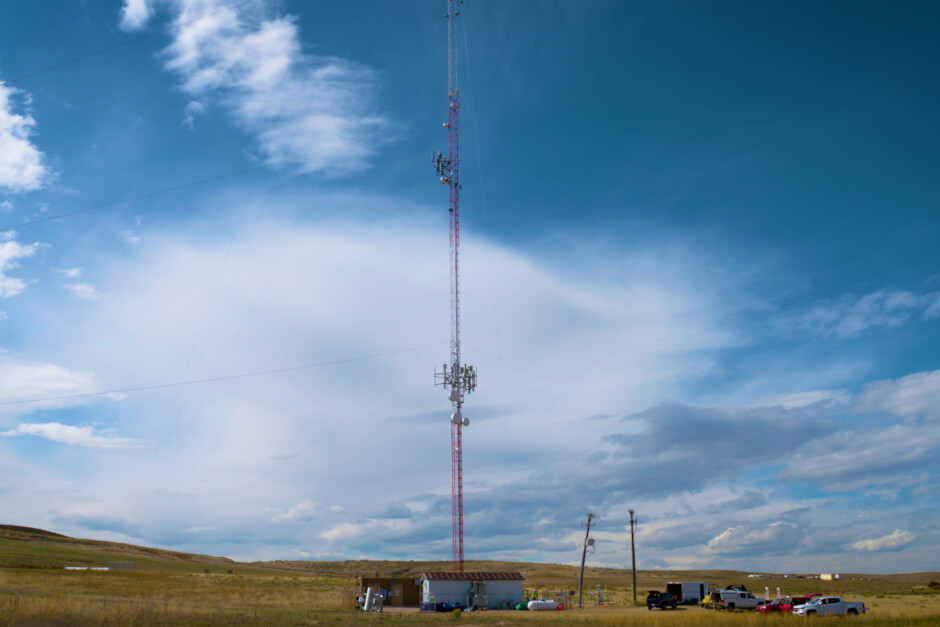 Dish remains committed to building out a 5G network - Though it desperately needs a rich partner, Dish is moving ahead with plans to build a 5G network