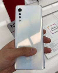 LG-Velvet-design-specs-12.jpg