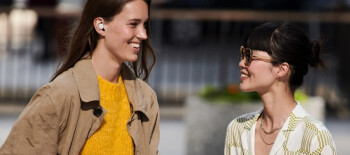 The Google Pixel Buds adjust the volume automatically to account for loud or soft ambient noise - Besides Google, these two stores have the Google Pixel Buds in stock