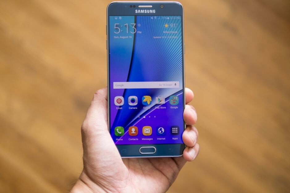 Who here remembers this beaut? - Samsung's Galaxy Note 20 5G will snub the latest trends with a flat screen