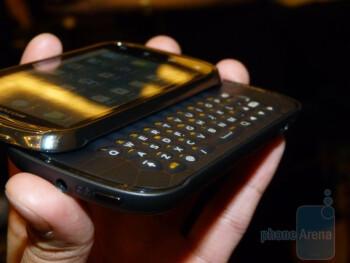 Motorola CLIQ 2 Hands-on