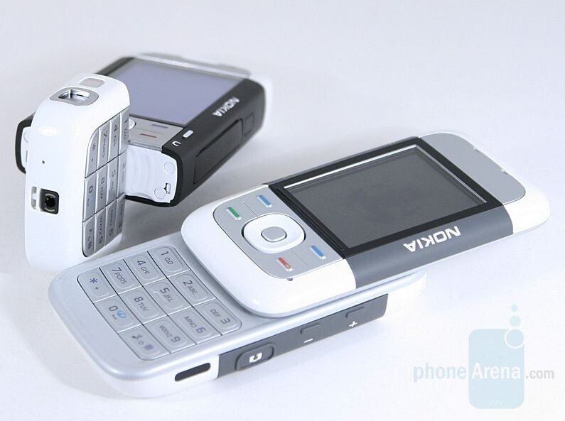 A walk down memory lane: Our favorite phones from the past