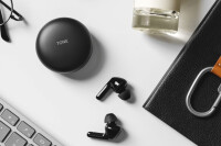 LG-Tone-Free-4.jpg