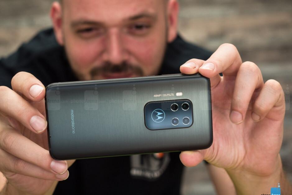 Motorola One Zoom - Motorola's huge 4th of July sale offers big discounts on a long list of phones