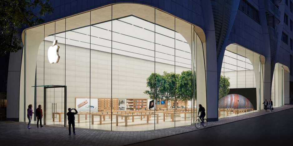 Overseas Apple Stores like this one in Brussels remain open - Apple closes 30 more U.S. Apple Stores including all locations in Florida