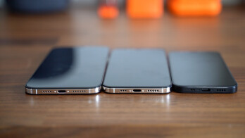 Dummy models of the three expected iPhone 12 screen sizes - 5G Apple iPhone super-cycle forecast by analysts