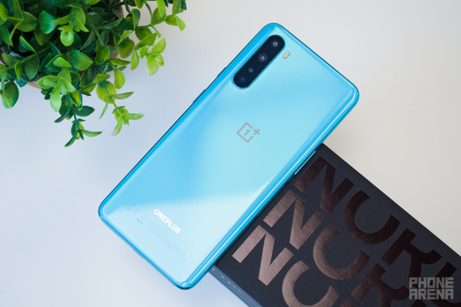Mysterious OnePlus midranger named 'Clover' appears in benchmarks