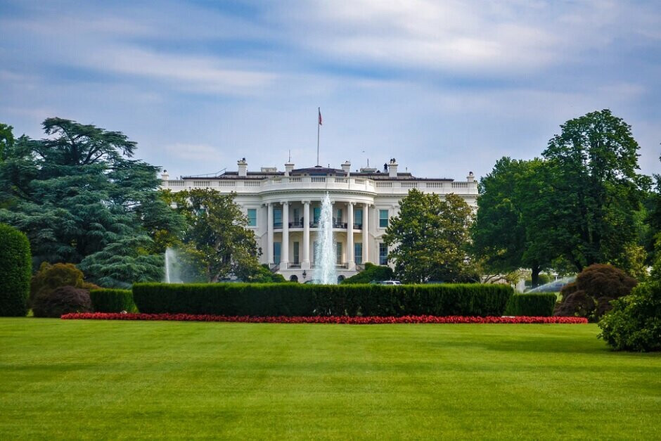 The White House seeks to ban both TikTok and WeChat - Leaked White House document shows how U.S. plans to hurt TikTok financially
