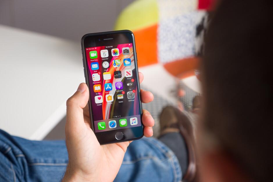 iPhone SE - Best Verizon phone deals right now