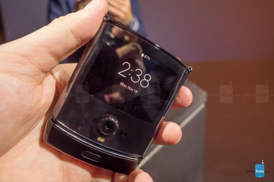 4G LTE-only Motorola Razr with chin-mounted fingerprint sensor - The Motorola Razr 5G will not repeat one of its predecessor's biggest mistakes