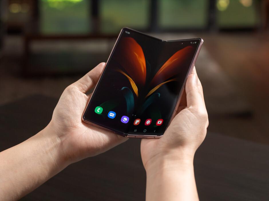 Samsung Galaxy Z Fold 2 vs Galaxy Note 20 Ultra: The classic vs the cosmic