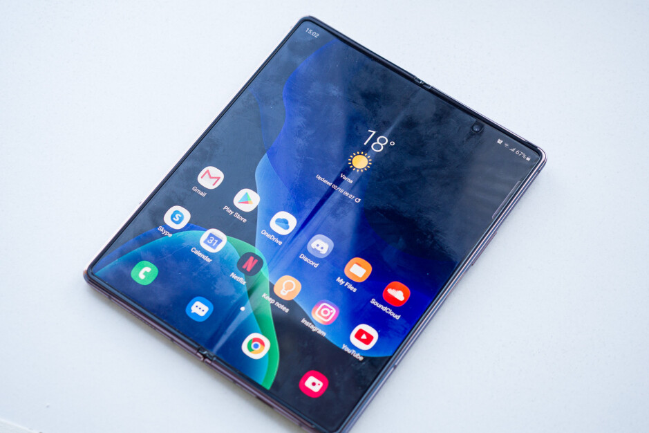 Unless you're planning to take a risk and remove the screen protector, you best be okay with this smudgy look. - Samsung Galaxy Z Fold 2 long-term review: Still exciting?