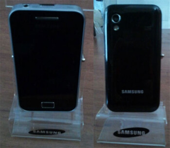 Samsung S5830 is captured on film ahead of its MWC unveiling
