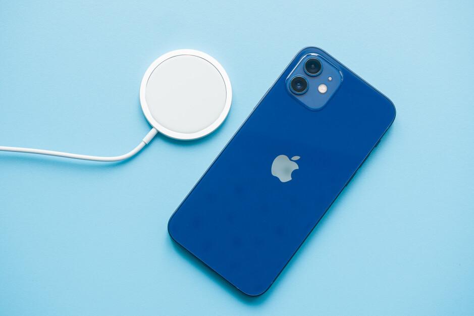 iPhone 12 - Best Metro by T-Mobile phones to buy in 2021
