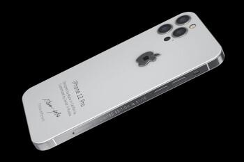 Esta versión personalizada del iPhone 12 Pro viene con un fragmento de la camisa de cuello alto de Steve Jobs. Si tienes el dinero en efectivo, este es el regalo perfecto para los fanáticos de Apple y Steve Jobs