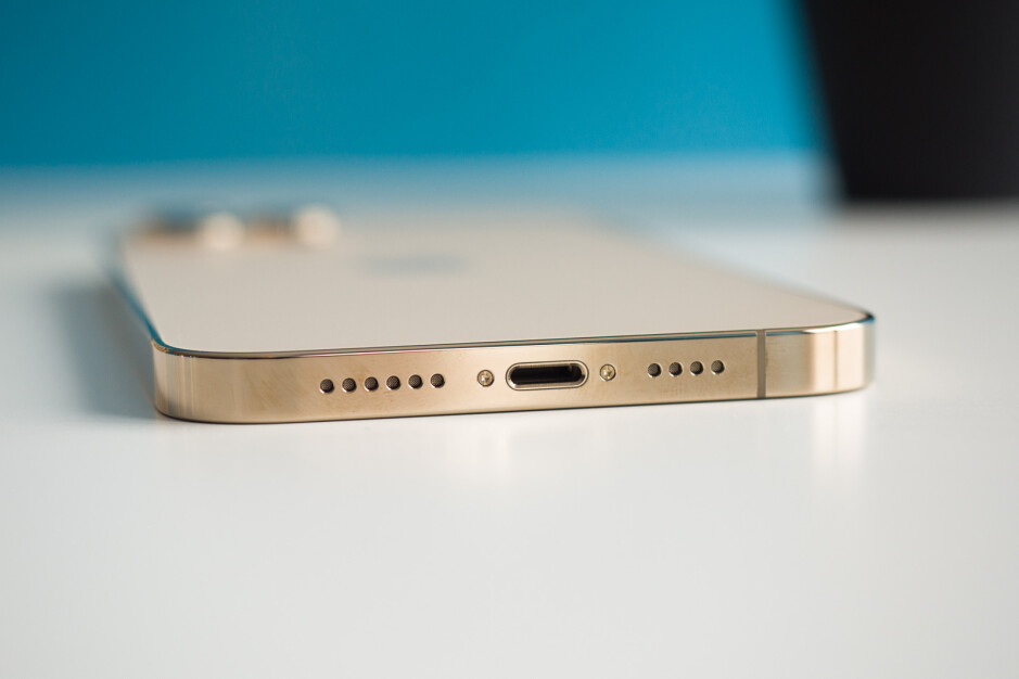 Farewell, Lightning - Next iPhone to offer in-screen Touch ID; may be called iPhone 12S