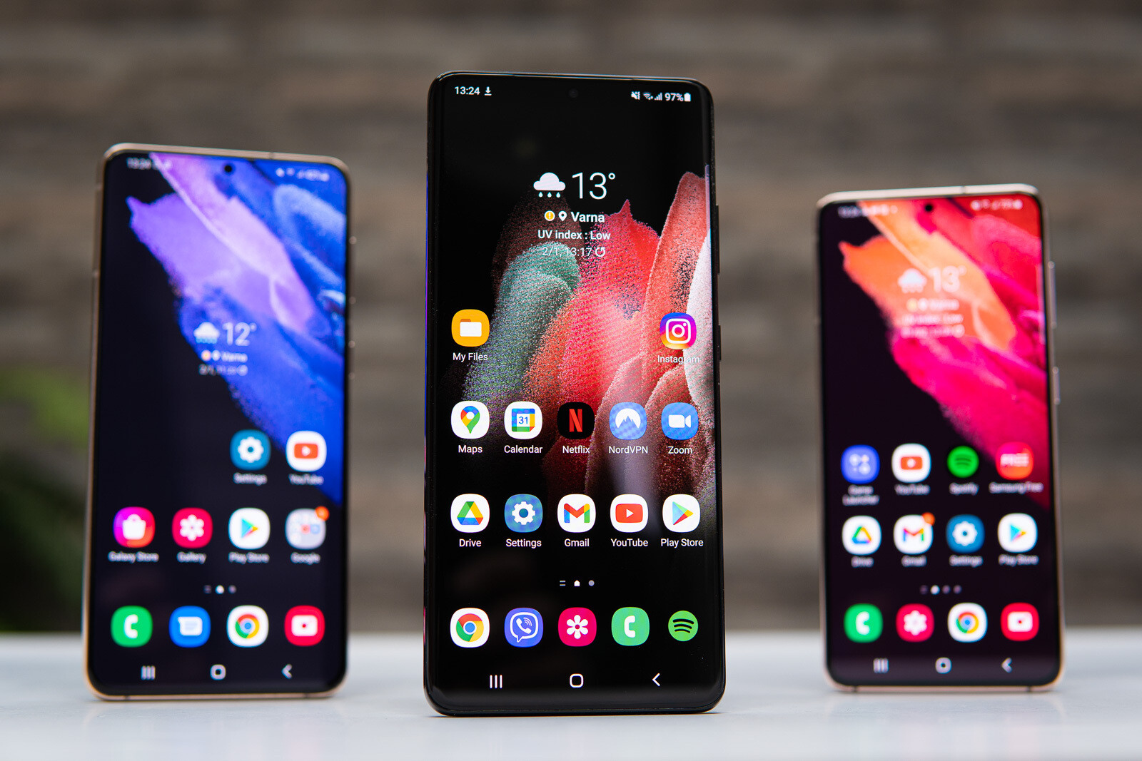 The Galaxy S21 Lineup - Best Valentine's Day deals