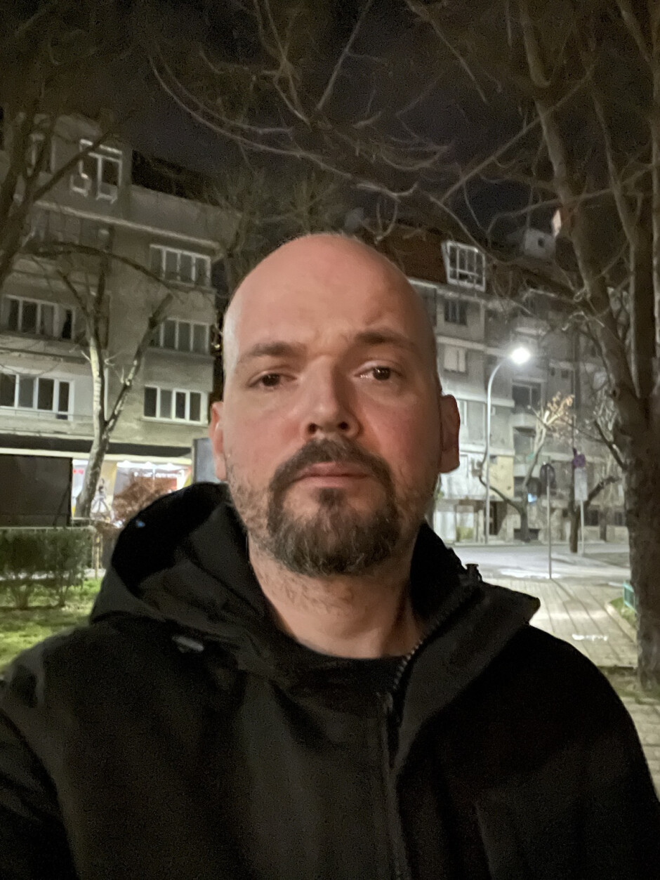 12 Pro selfie Night Mode