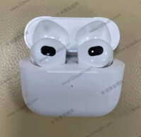 Apple-AirPods-3-3
