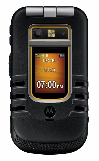 Motorola Brute i686 for Sprint features protection against submersion for $119.99