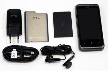 HTC 7 Pro receives its first unboxing process in Germany