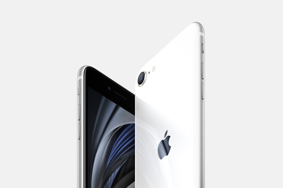 Which Apple iPad accessories are compatible with the new iPad Pro (2021)