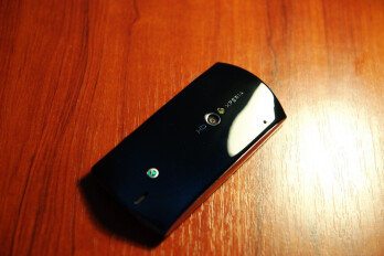Images of the Sony Ericsson Xperia Neo leaked again