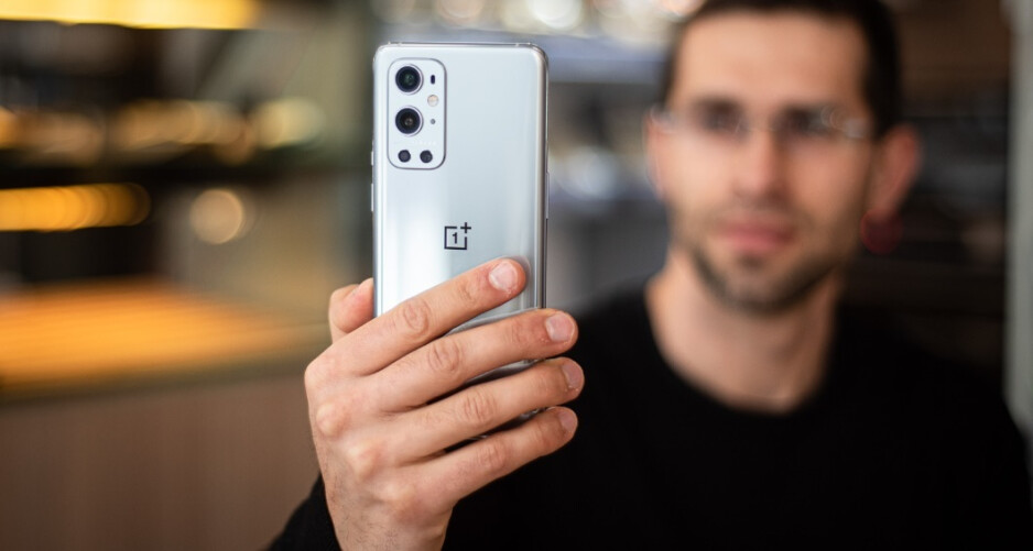 Oxygen OS 11.2.66 has started rolling out for the OnePlus 9 and OnePlus 9 Pro - OnePlus 9 and 9 Pro receive Oxygen OS update to fix cameras, charging, and more