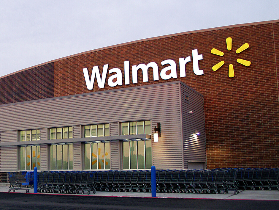 Walmart is giving away close to $370 million worth of Samsung handsets at retail to half of its associate - Why is Walmart giving 740,000 associates a free Samsung smartphone?