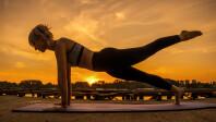 applewwdc21-watchos8new-workouts-pilates06072021