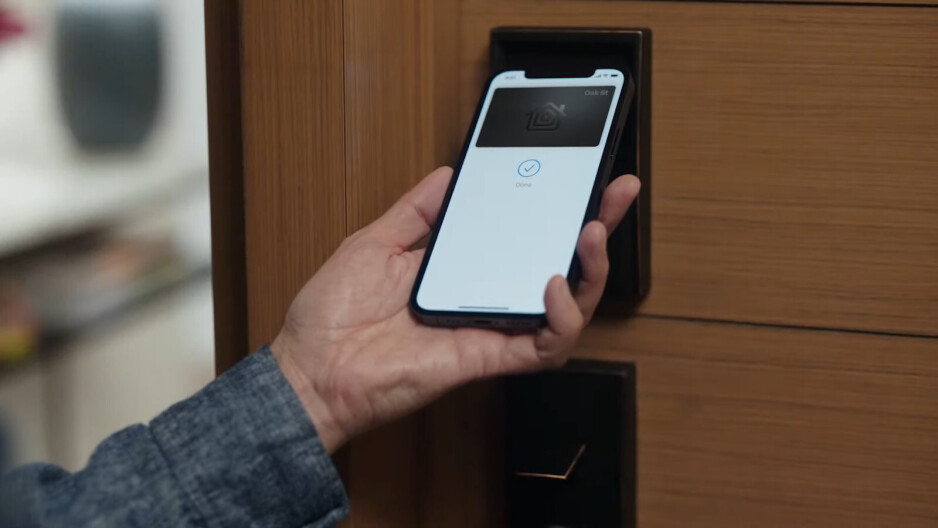 iOS 15 improves HomeKit device integration, introduces HomeKeys and more