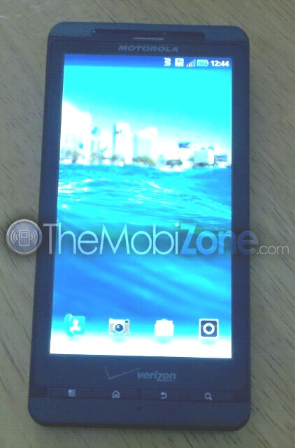"""First images of the Motorola DROID  X 2 """"Daytona"""" appear"""