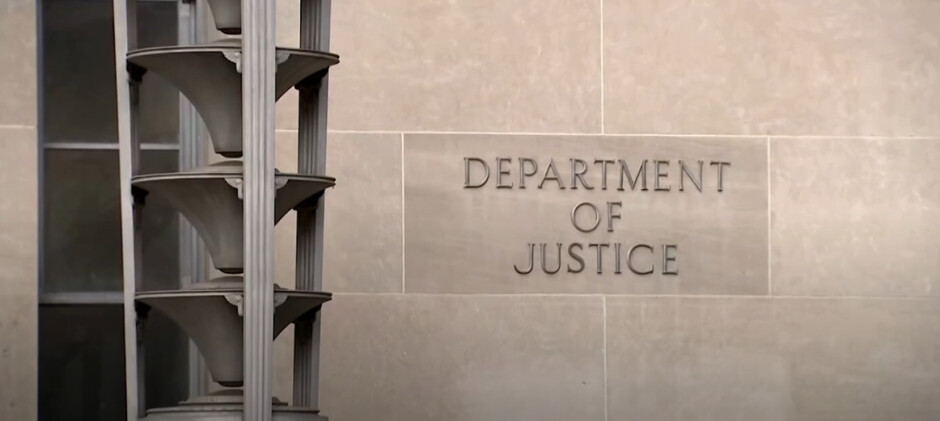 Apple received a subpoena for information from the Department of Justice - Apple changes the way it will respond to legal requests after receiving subpoenas from the DOJ