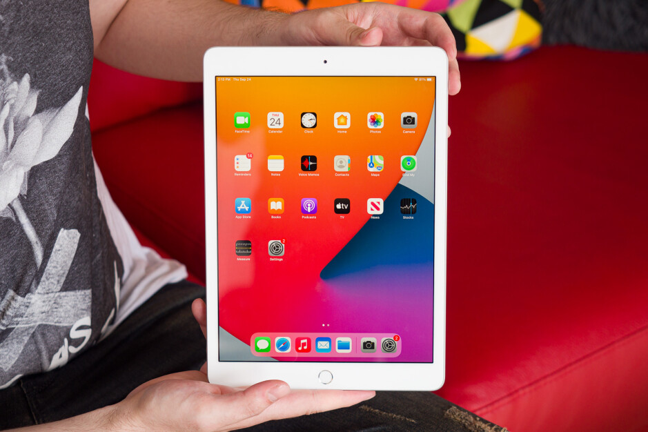Unsurprisingly, the iPad 8 has been the company's best-selling tablet in India. The iPad 8 is Apple's cheapest tablet. - Apple's Indian sales skyrocketed in Q1 thanks to online store