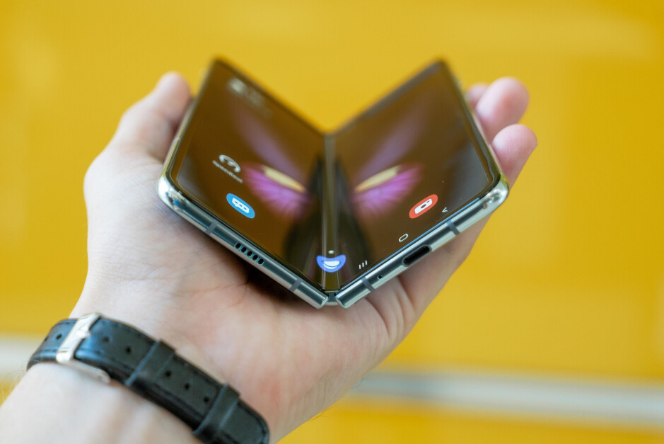 Not the time just yet? - Why the cutting-edge Galaxy Z Fold 3 is doomed to flop