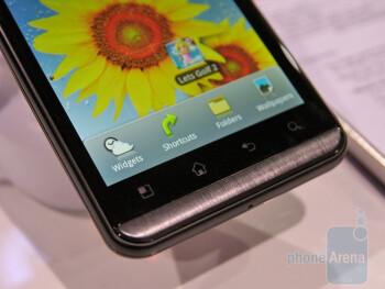 LG Optimus 3D Hands-on