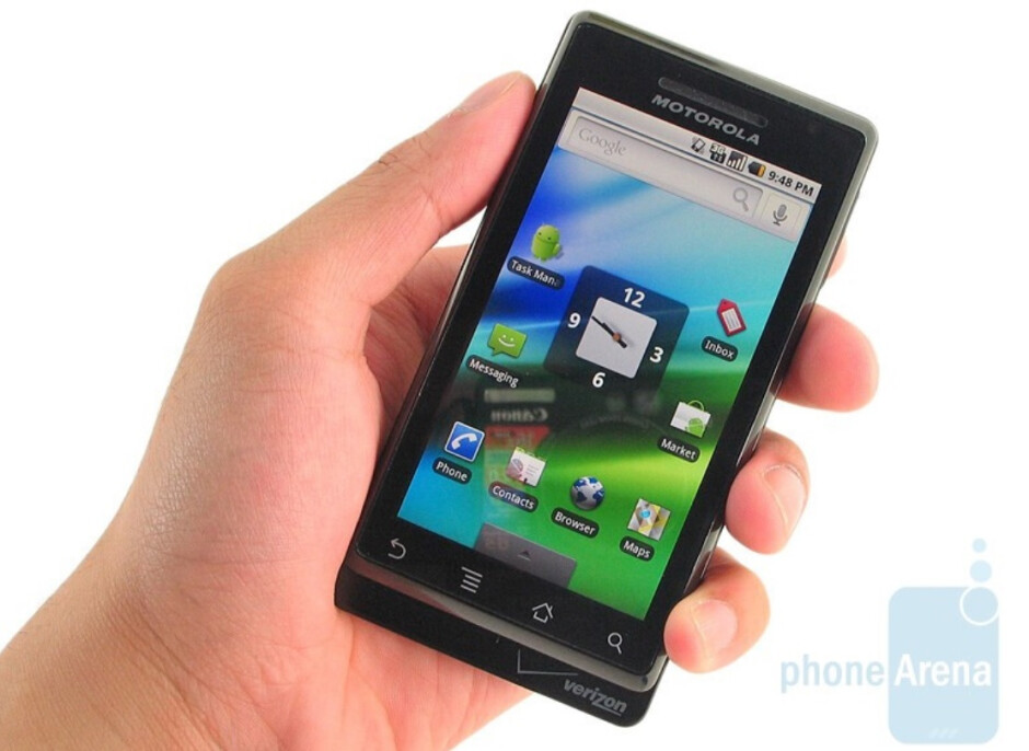 Motorola DROID was the first Android phone to challenge the iPhone-the battle between Android and iOS over the sale of smartphones is fake, court documents say