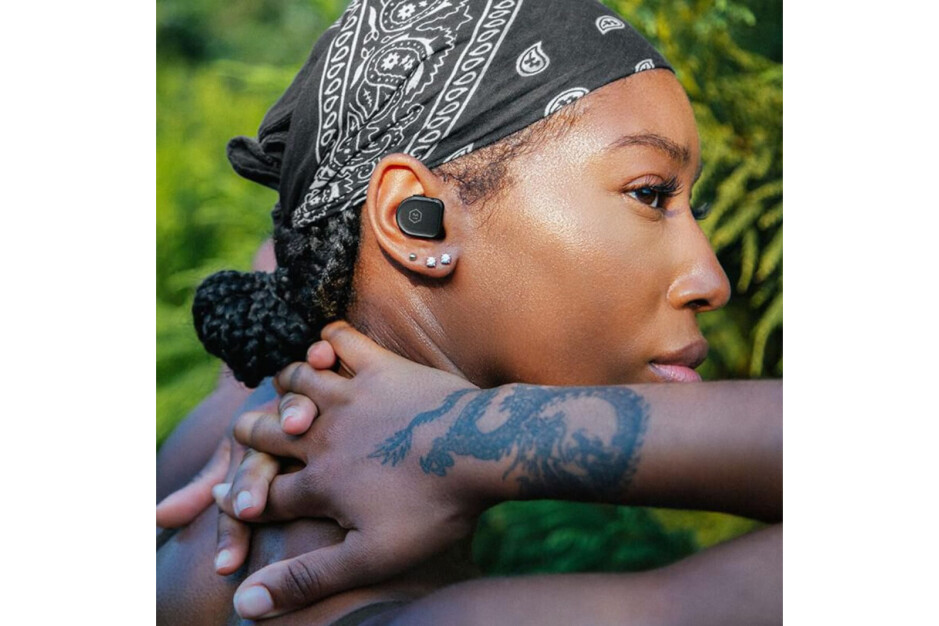 Master & Dynamic's new MW08 Sport earbuds are scratch-proof, shatter-proof