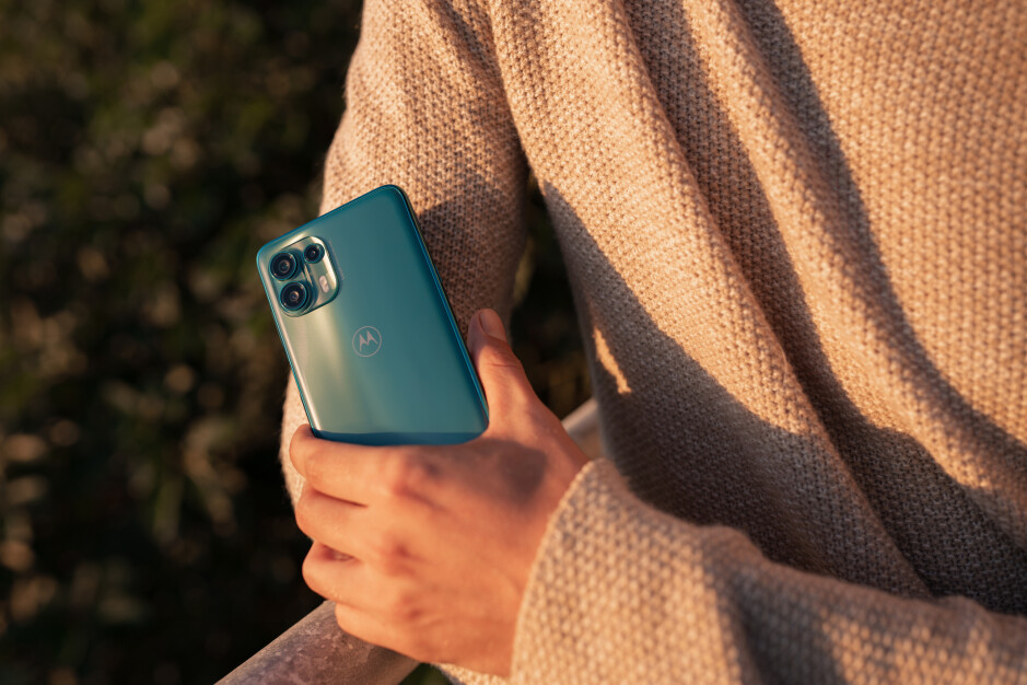 Motorola's Edge 20 Lite has kept the same 108MP main camera from its more expensive siblings - Motorola Edge 20 Lite is official: Affordable and fully specced